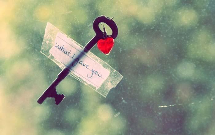 Thơ tình yêu thầm – nỗi nhớ da diết khó gọi thành tên
