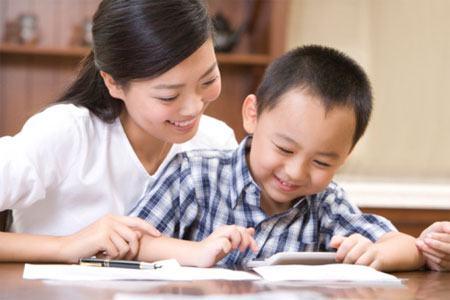 Bài Thơ Viết Cho Con ( Hương Tràm ) – Tình Yêu Mãnh Liệt Của Người Mẹ